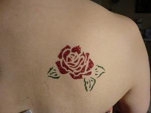 ボディジュエリー・薔薇